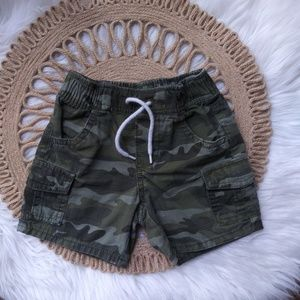 Baby GAP Shorts   Camouflage 18/24 Months